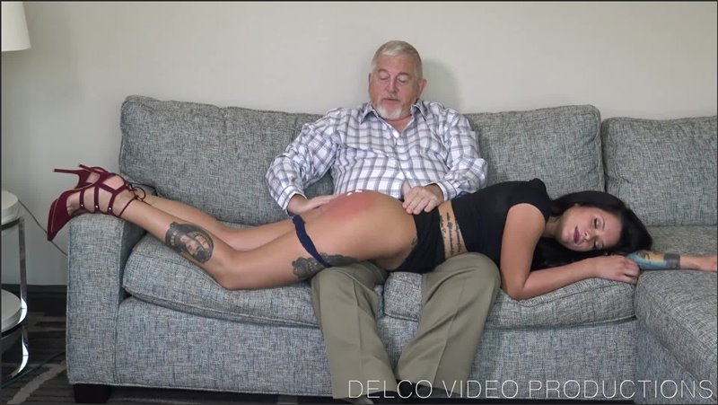 Flirtatious Girlfriend - delco video productions - Full HD/MP4 - image1