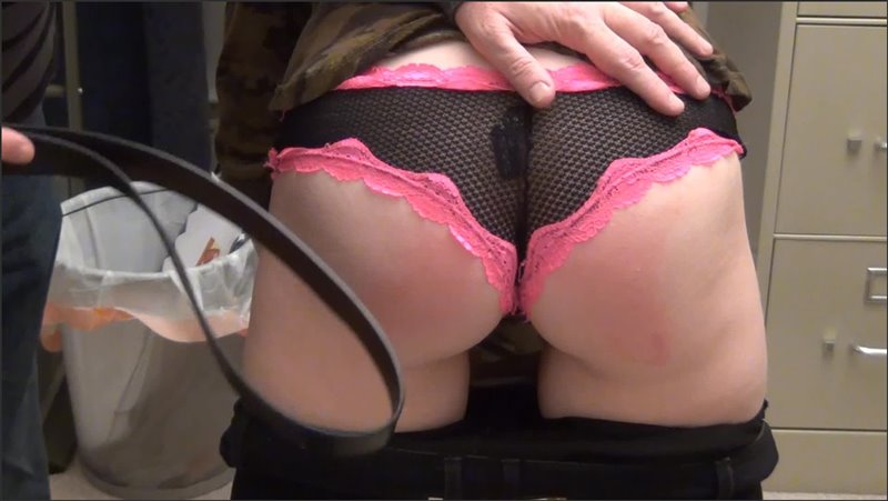 Cover Belted Cat - amateurspankings - Full HD/MP4