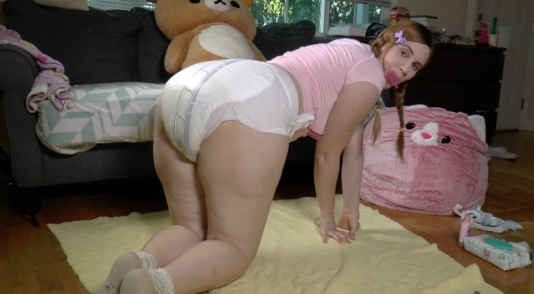 Little Alex Wets Her Diaper - spankedanddiapered - Full HD/MP4 - image1