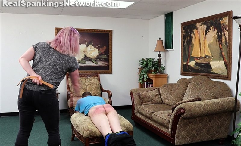 Travis's Session With Betty (part 3 Of 4) - women-spanking-men - Full HD/MP4 - image1